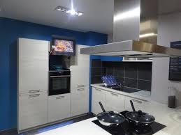 tv dans cuisine aura4 jpg