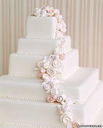 Beach For A Wedding In Minnesota Source Imagesmarthastewart Elegant White Cakes