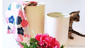 Give Your Old Lampshades Some Personality With This Easy Fabric DIY