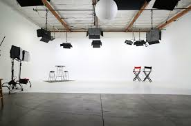 amazing fully lit photo studio with white cyclorama wall