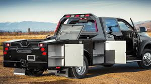 Highwayman™ RV Hauler | Service Bodies | Highway Products