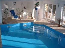 komfortable ferienwohnung mit schwimmbad und sauna in ruhiger lage wingendorf
