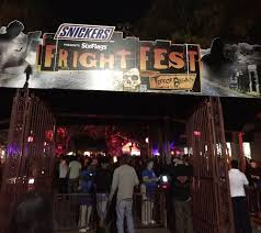 Halloween Town Burbank Ca by Best Events For Halloween 2016 In Los Angeles Cbs Los Angeles