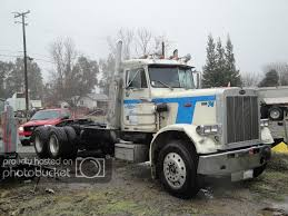 100 359 Peterbilt Show Trucks 1983 Parts Or Whole Daycab Truck 6000