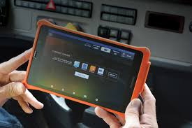 100 Schneider Trucking Pay Rolls Out Tablets To Improve Driver Experience Efficiency