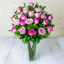 Send Bouquet Of Mixed Roses Delivery To Singapore
