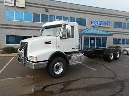 2018 VOLVO VHDB300 CAB CHASSIS TRUCK FOR SALE #287640