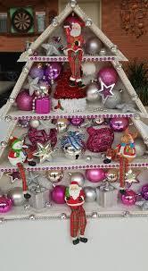 DIY Wooden Christmas Tree Shelf