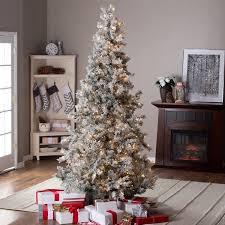 Christmas Tree Flocking Spray Uk by 12 Best Flocked Fake Christmas Trees Images On Pinterest