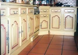 meuble cuisine en chene meuble cuisine en chene juste repeindre meuble cuisine chene idées