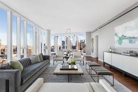 Bruce Willis Buys Upper West Side Apartment in e West End