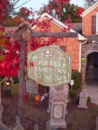 Halloween Cemetery Fence Ideas by 385 Best Couture Witch Cemetery Images On Pinterest