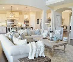 There is just something we love about this fresh yet warm and inviting living room