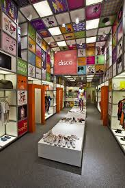 Wonderful Wall And Ceiling Design At Innovative Store Concept Interior Disco Experience