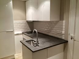 plan de travail cuisine en carrelage beton cire sur carrelage de cuisine kit bton cir pour plan de