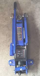 Hydraulic Floor Jack Troubleshooting by Duralast 2 1 2 Ton Hydraulic Suv Floor Jack Tools U0026 Machinery In