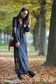 Soraya Bakhtiar Looks Gorgeous In This Boho Style Lace Maxi Dress HM