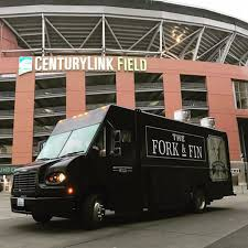 A Food Truck In Seattle Is Praising The Virtues Of Alaska Pollock ... Seattle Curbside Food Trucks Roaming Hunger Austin High Schools New Truck And More Am Intel Eater The Westin Washington Streetzeria A Food Cart All You Can Eat Youtube Maximus Minimus Wa Stock Photo Picture And Truck For Fido Business Caters To Canines Boston Baked 6 Of The Fanciest From Paris Wine Day In Life A Met Roundups South Lake Union Saturday Market