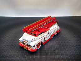 SLEDSTER II - FIRE ENGINE LADDER TRUCK