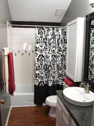 Bathroom Rug Design Ideas by Black And White Shower Curtains Tile Tub Surround Red Towels