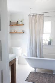 Advanced Bathtub Refinishing Austin by Best 25 Decorating Bathrooms Ideas On Pinterest Bathroom