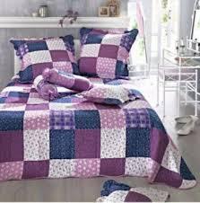 deko einrichtung schlafzimmer lila violett bettwäsche