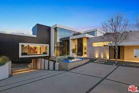 104 Beverly Hills Houses For Sale Real Estate Ca Homes Zillow Mansions Modern House