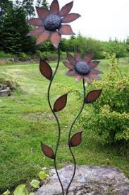 Metal Petals Garden Art Love The Sun Flower Look I Would Paint It