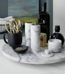 Small Kitchen Table Centerpiece Ideas by Best 25 Kitchen Table Centerpieces Ideas On Pinterest Everyday