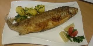 zum fischer heinz restaurant in neukirchen an der vöckla