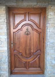 fabrication porte d entrée en bois de noyer sausset les pins