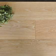 White Wash Brushed Oak Wide Plank Engineered Hardwood Flooring