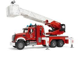 100 Fire Trucks Toys Bruder MACK Granite Engine With Slewing Ladder Water Pump