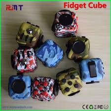 Alibaba Usa Fidget Cube Camo Bule Green Red Pink Hot Selling