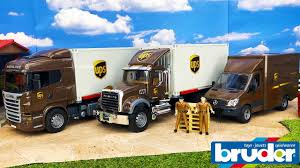 BRUDER TOYS News Unboxing 2018 | UPS Trucks Edition | Video For Kids ...