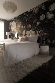 bildergebnis für schlafzimmer blumentapete dunkel zimmer