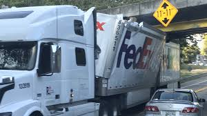 100 Fedex Truck Accident Traffic Held Up For Hours After FedEx Truck Gets Stuck In Powell