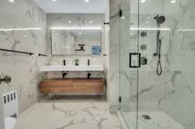 75 badezimmer mit kalkstein waschbecken waschtisch und
