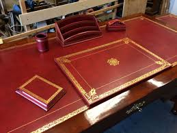 parure de bureau en cuir bureau empire acajou de cuba atelier patrice bricout 59700