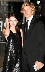 Alex Pettyfer Im Kino Als by Emma Roberts Alex Pettyfer Emma And Alex Pinterest