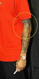 Did Chris Brown Tattoo His Girlfriend On Arm