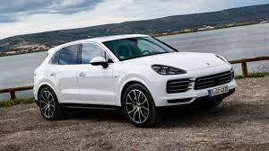 5 Things You Need To Know About The 2019 Porsche Cayenne E-Hybrid ...