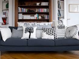 coussins de canapé canape noir quel coussin canap d 39 angle noir et blanc style