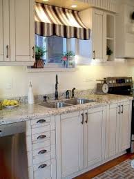 Countertops Backsplash Farmhouse Kitchen Curtains Style Amazing Granite White Shaker Cabinet Black