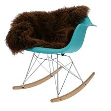 Looking For The Eames RAR Rocking Chair In Turquoise ... Eames Dsw Fiberglass Chair Raw Umber Maple Vintage Rar Fiberglass Rocking Chair By Charles Ray For Herman Miller 1980s Design Market Vitra Lounge Ottoman Beauty Versions Walnut With White Pigmentation Clay 89 Cm Alinium Polished Seat Padfelt Pad Plastic Arm Chairs Dar Daw Dax Hey Sign Headline Swivel 8 Hottest Scdinavian To Get Your Interior Space Pp Light Choco Designers Tips Comfort The Table Looking The Rocking In Turquoise Sale Usedsolid Wood Ding Fniture Replica Diiiz
