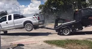 Pickup Versus Tow Truck [Watch] (NSFW Language)