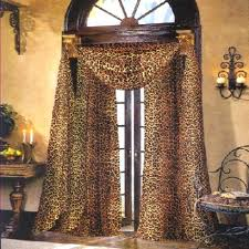 Leopard Print Bedroom Decor by Winsome Cheetah Print Bedroom Accessories King And Queen Bedroom