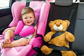 siege auto enfant obligatoire quelle réglementation pour le siège auto enfant auto moto au