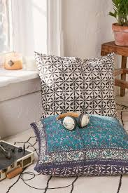 Oversized Papasan Chair Cushion by 246 Best Home Floor Cushions Poufs Oversized Pillows Images On