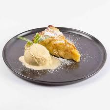 italienischer apfelkuchen mit vanilleeis dinner stories